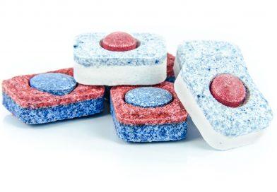 Tabletki do zmywarki w pralce